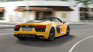 Audi R8 Spyder For Desktop