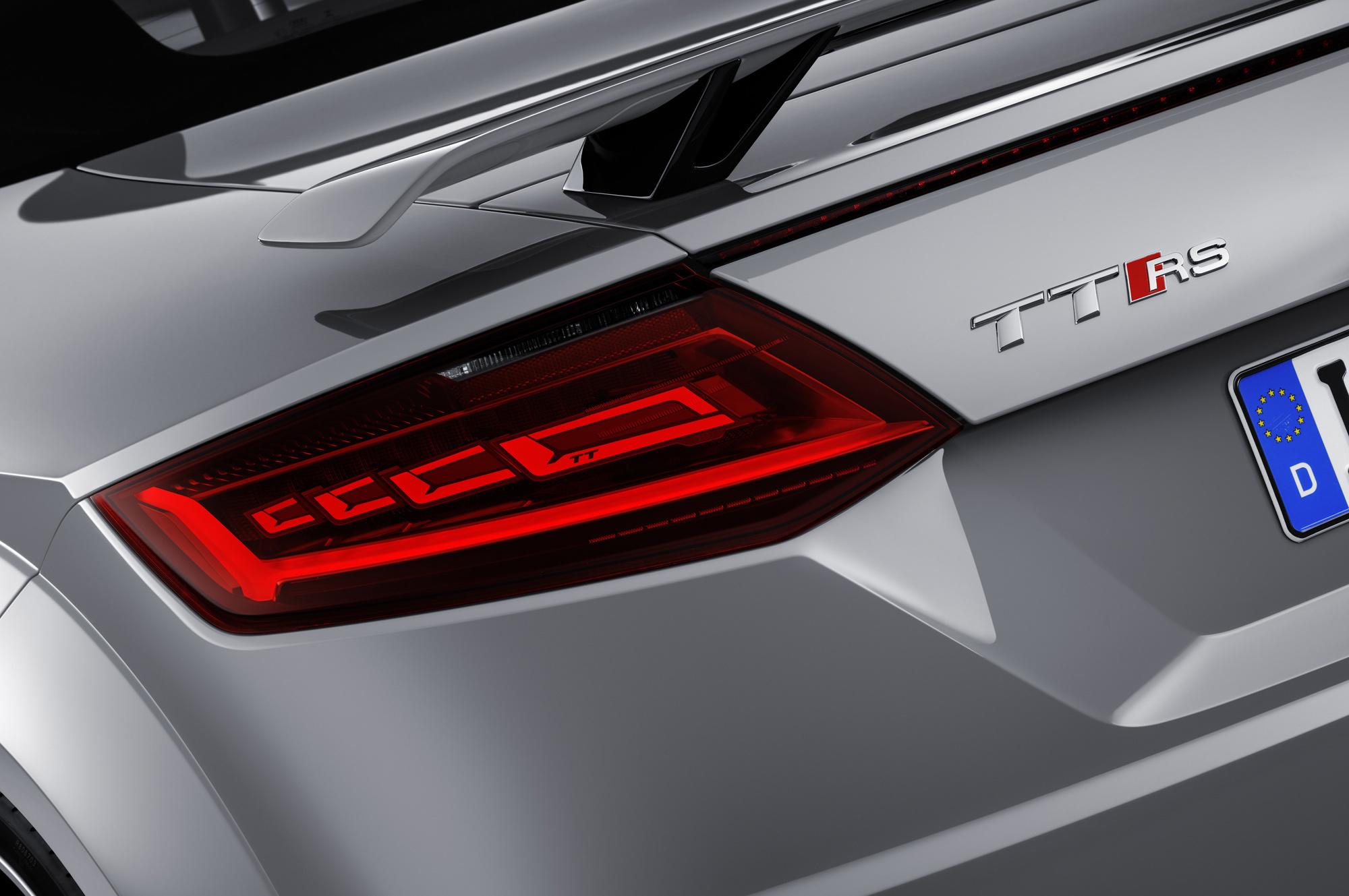 Audi TT RS HD Desktop
