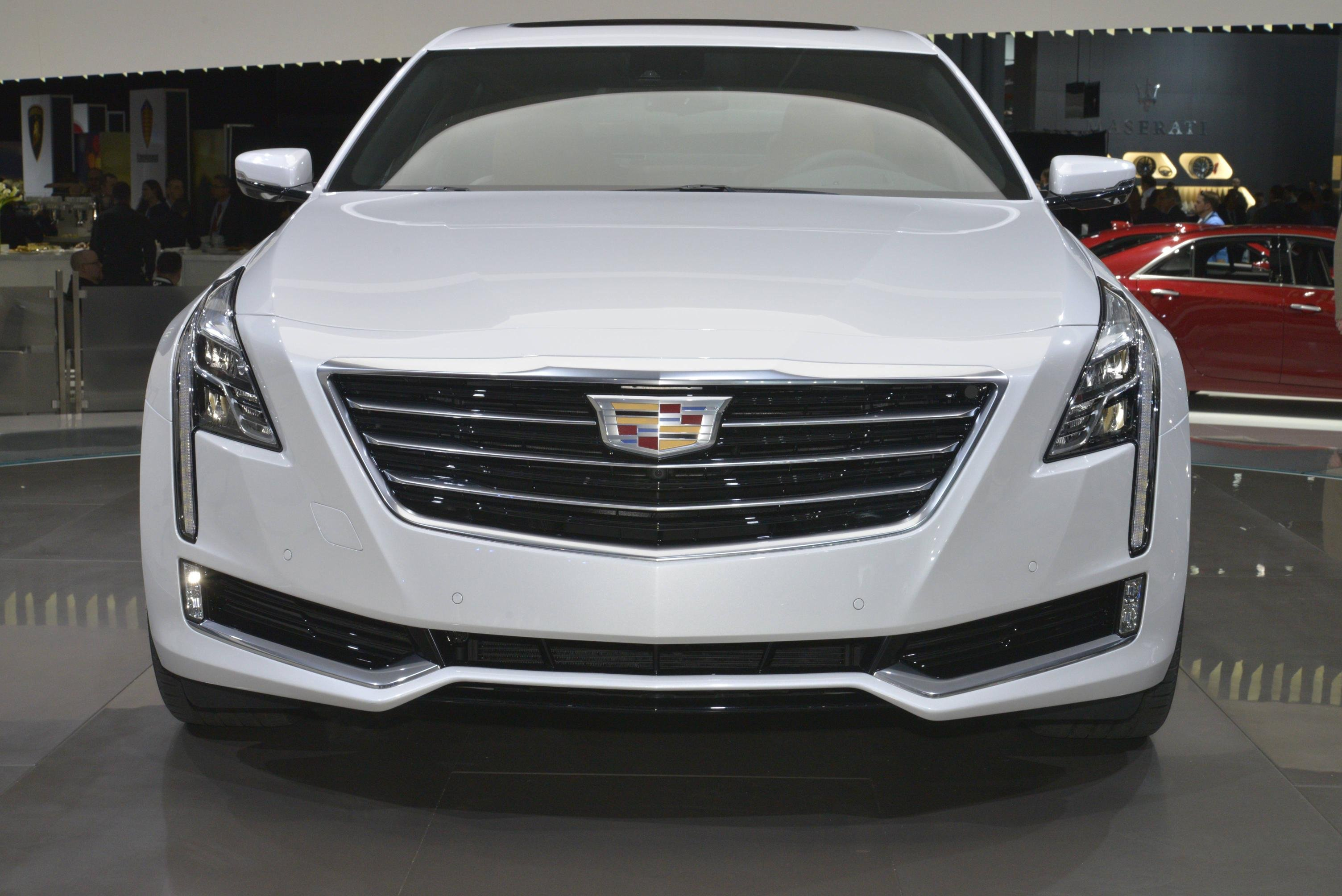 Cadillac XT4 Pictures