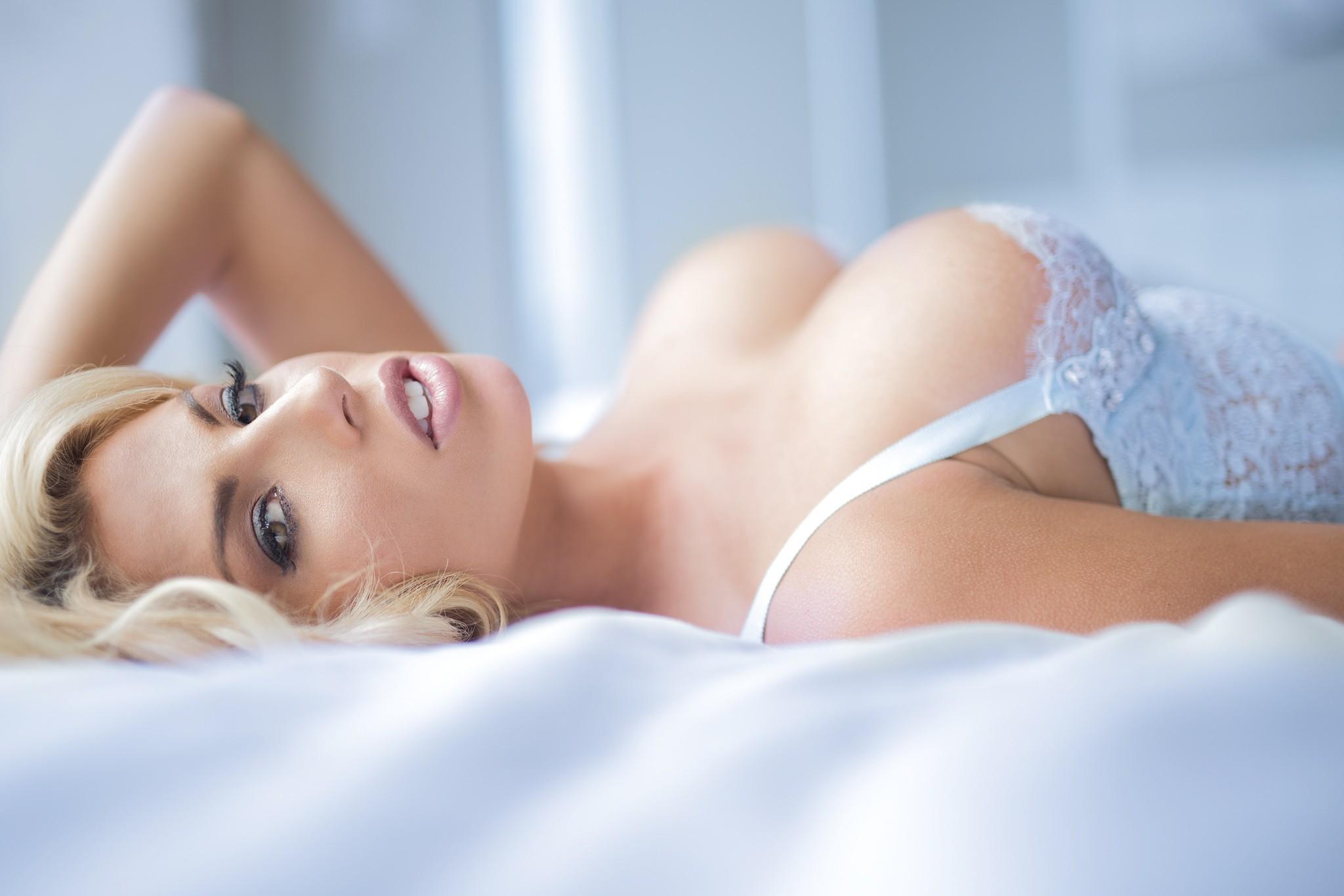 Charlotte McKinney High Definition