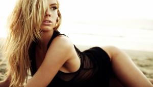 Charlotte McKinney Full HD