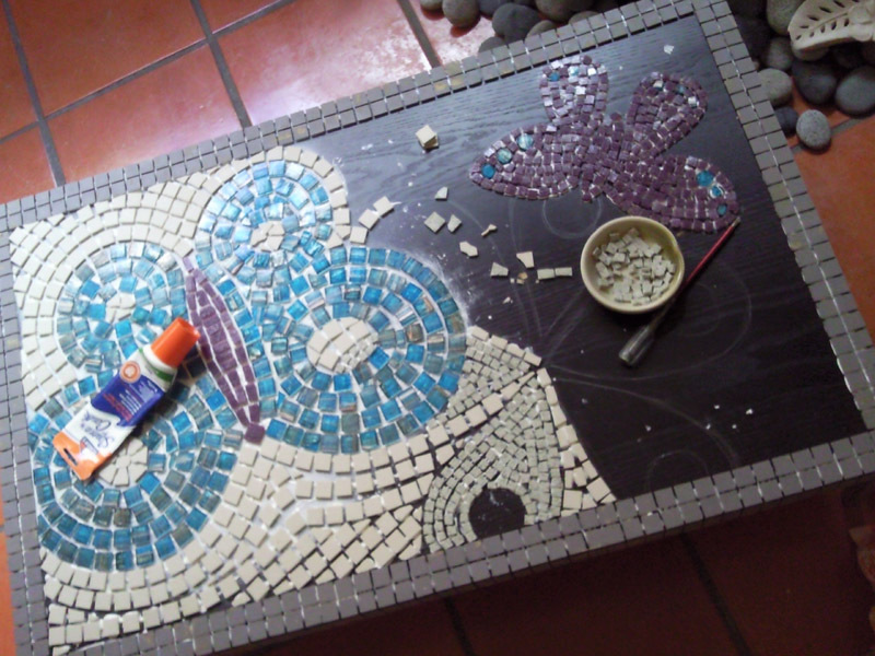 DIY Mosaic Coffee Table