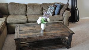 DIY Rustic Wood Coffee Table