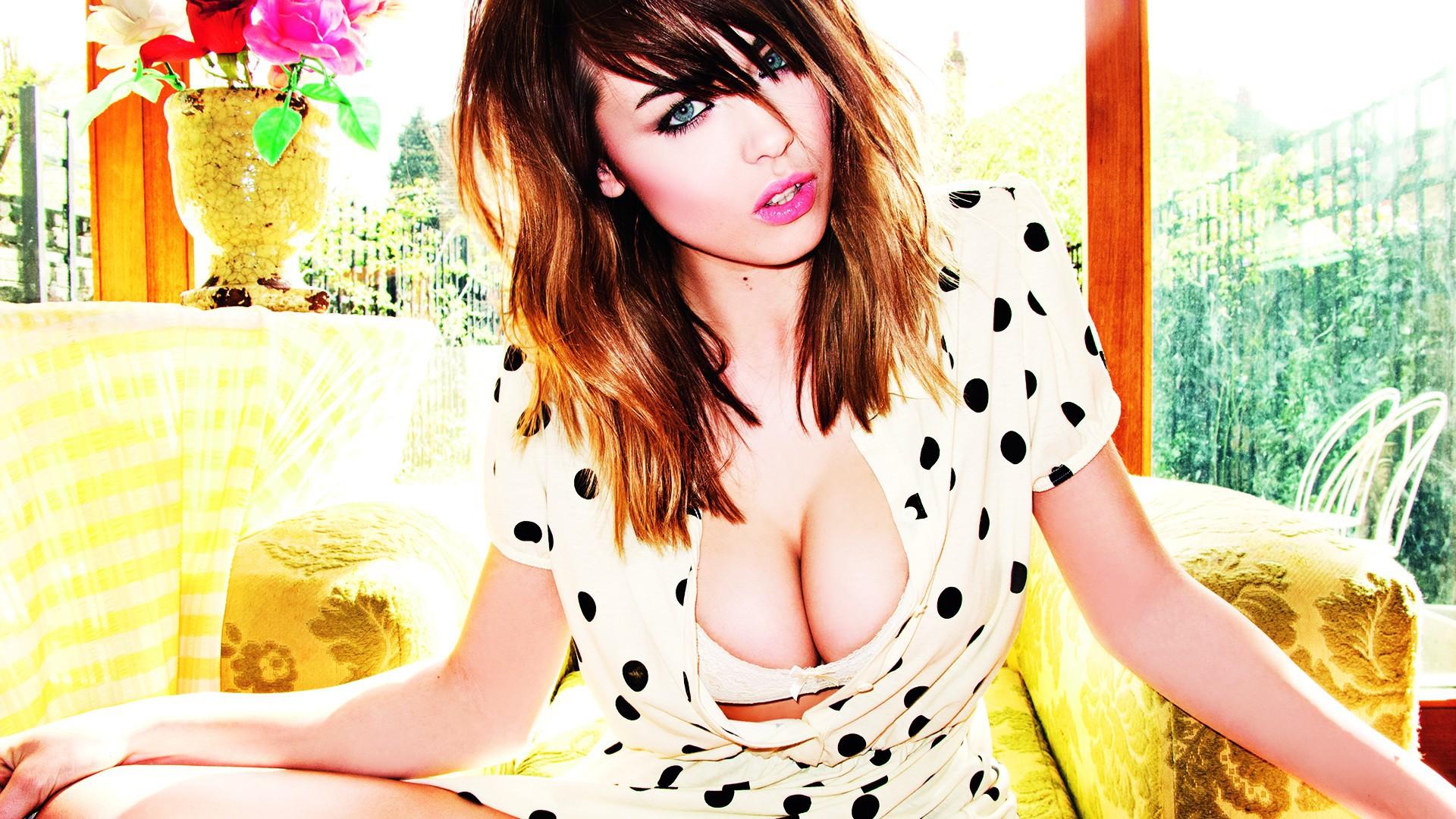 Danielle Sharp Full HD