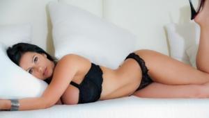 Denise Milani HD Pics