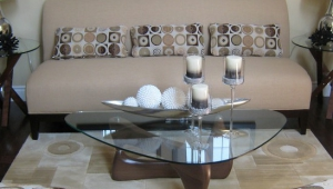 Glass Candles Holders As Centerpiece For Coffee Tables