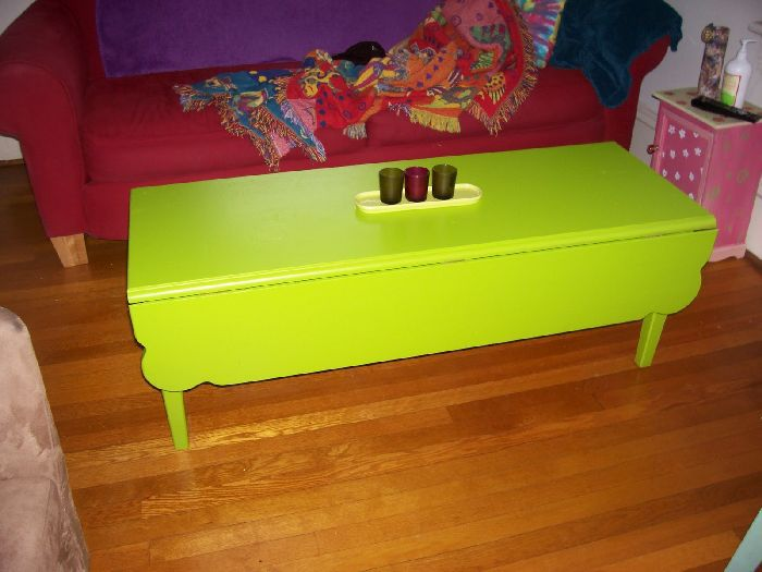 Green Drop Leaf Coffee Table