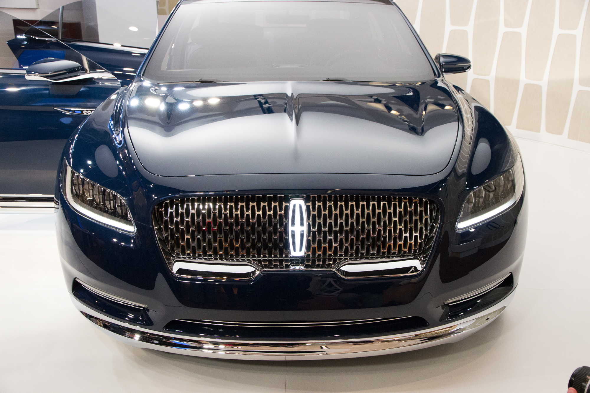 Lincoln Continental 2017 Images