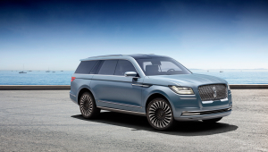 Lincoln Navigator Photos