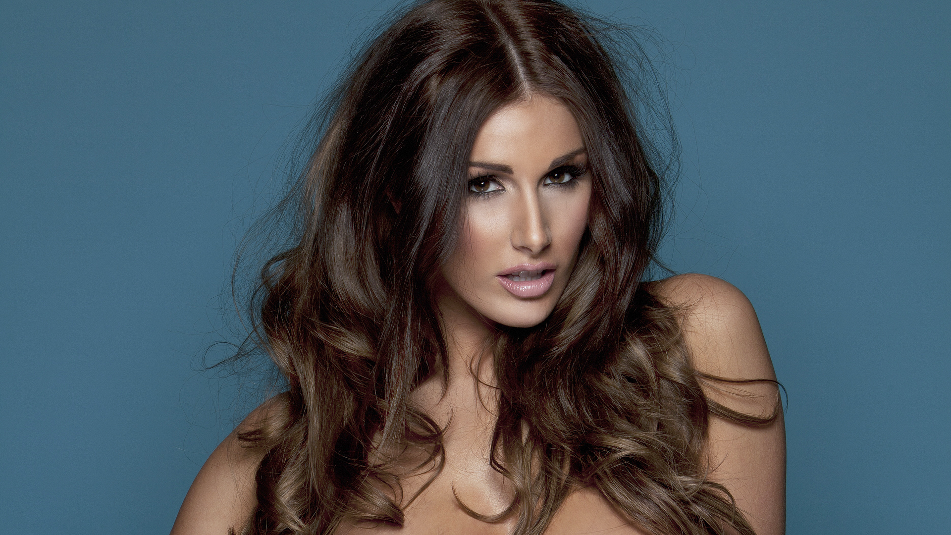 Lucy Pinder 1080p