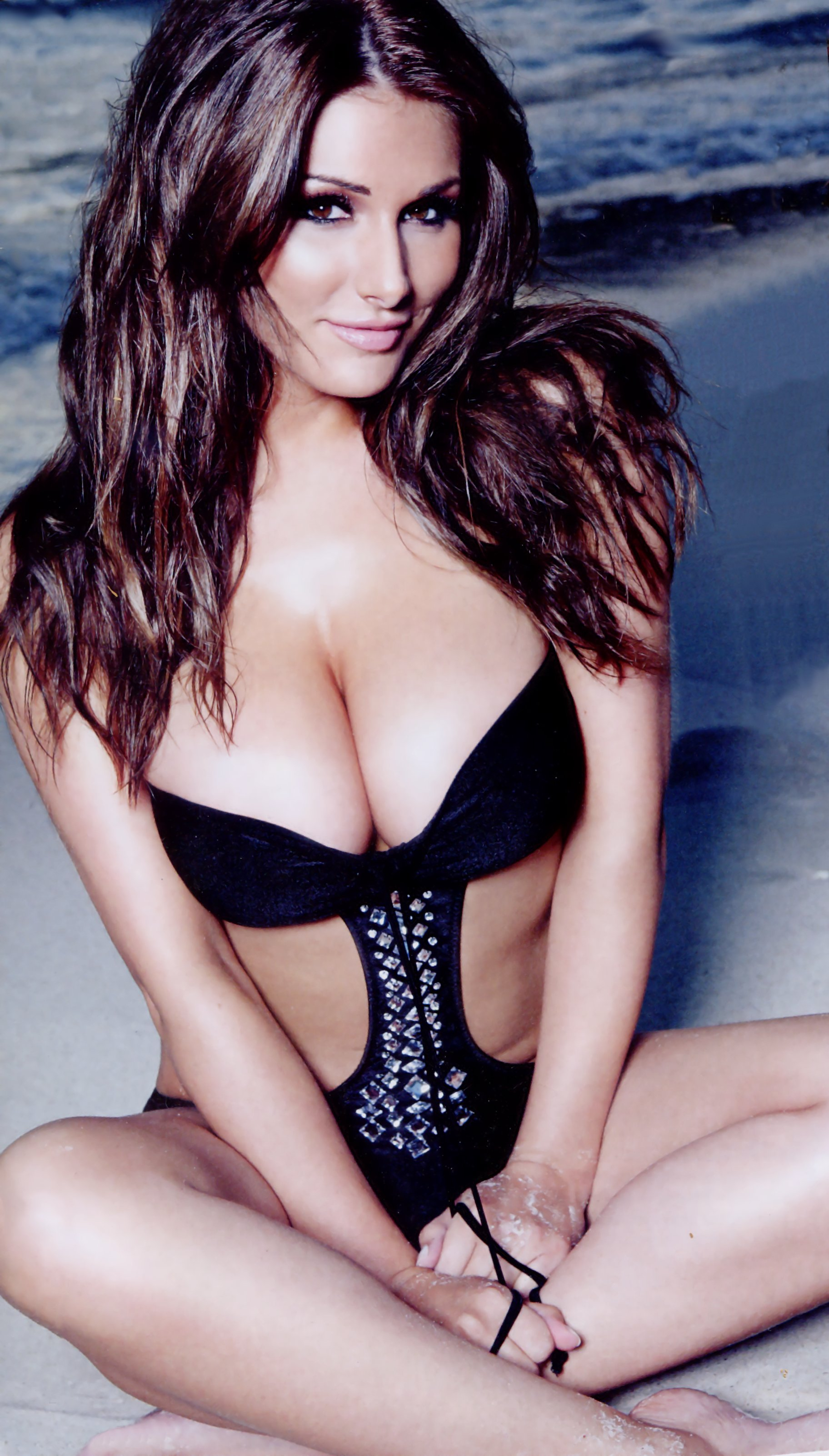 Lucy Pinder Android Wallpapers