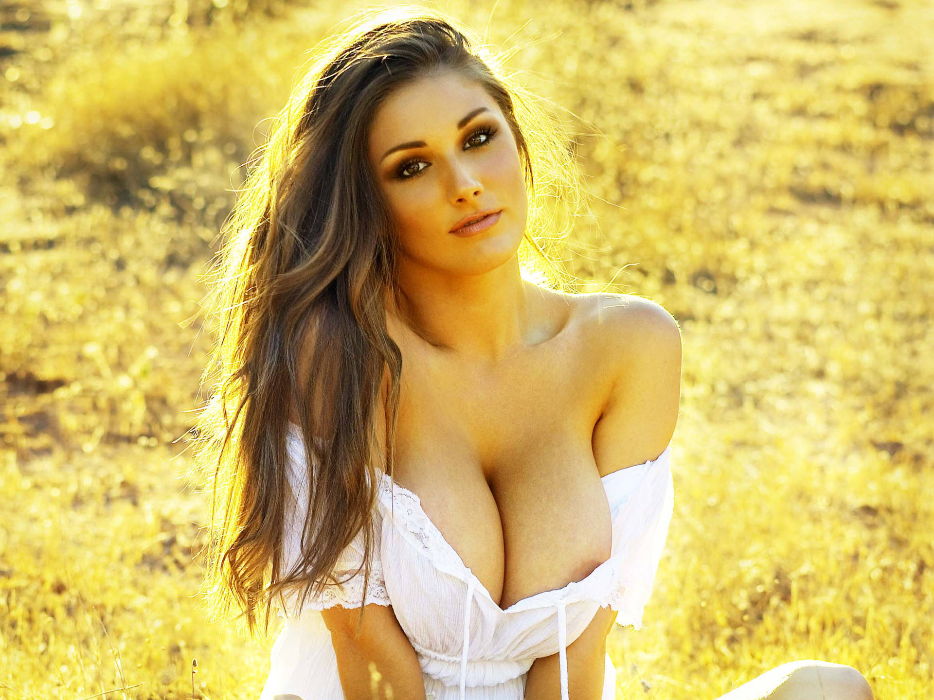Lucy Pinder Download Free Backgrounds HD
