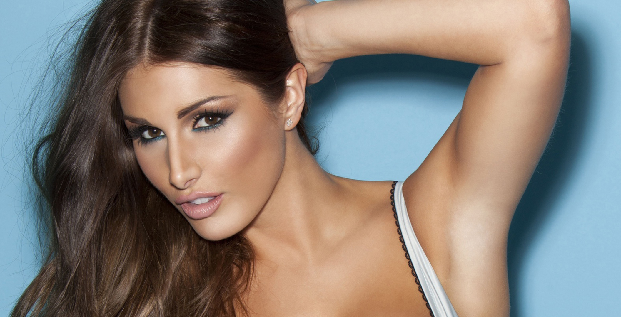 Lucy Pinder Download