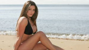 Lucy Pinder Gallery