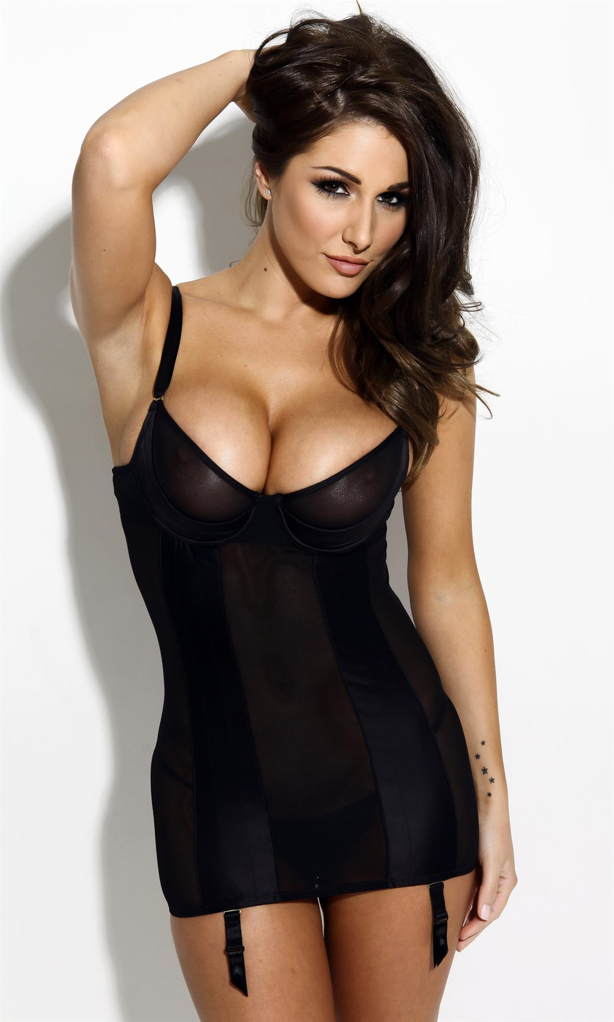 Lucy Pinder Iphone HD Wallpaper
