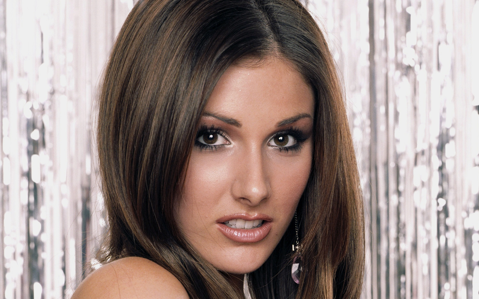 Lucy Pinder Wallpaper For Windows