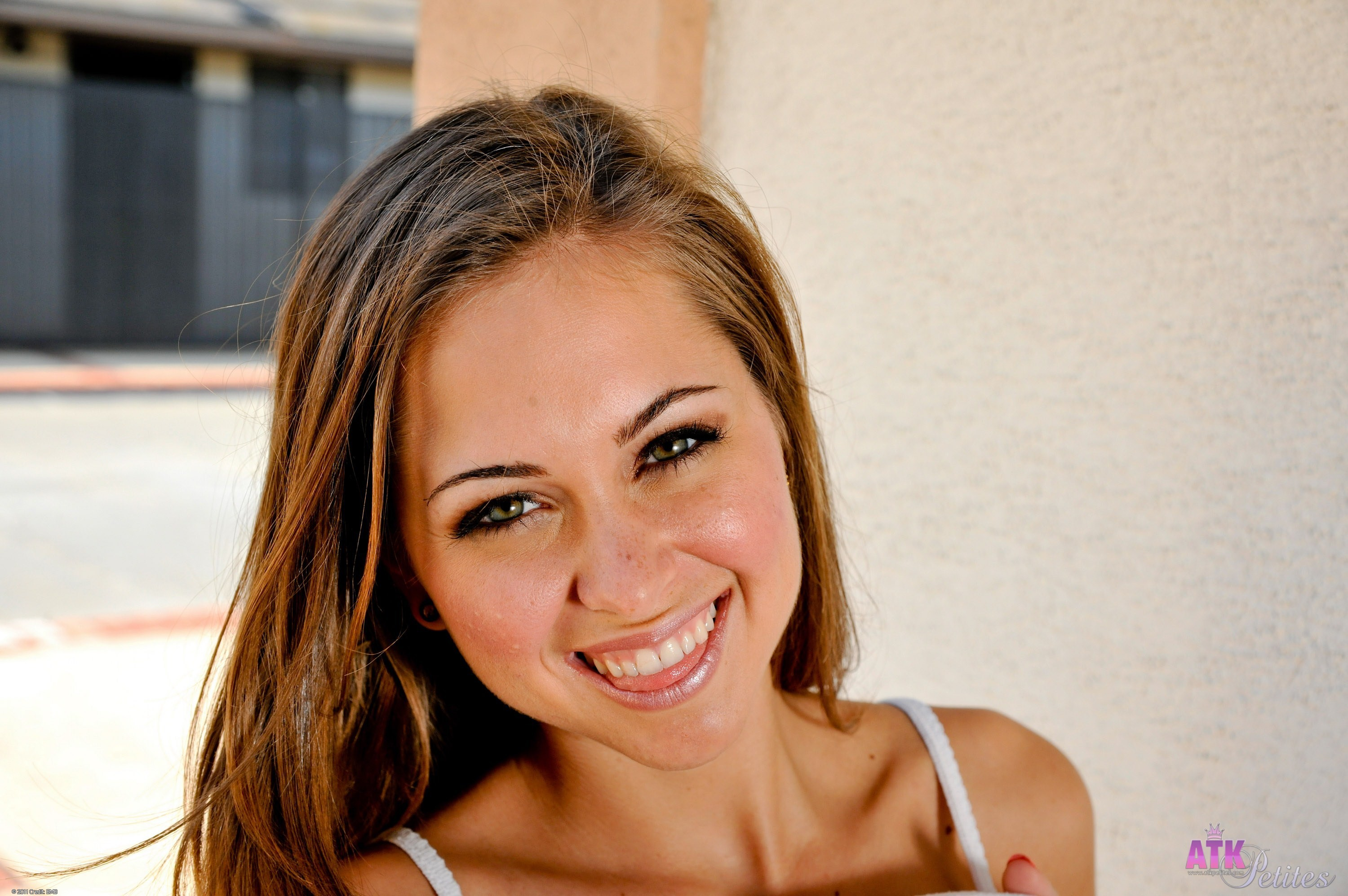 Pictures Of Riley Reid