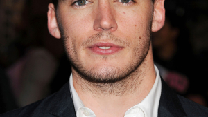 Sam Claflin Iphone Images
