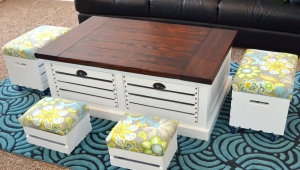 Stylish Coffee Table With Stools