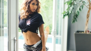 Tianna Gregory Sexy Images