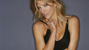 Tricia Helfer Download