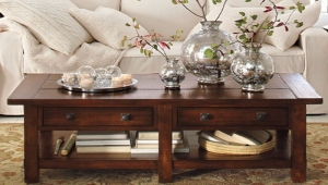 Vases As Coffee Table Accessories