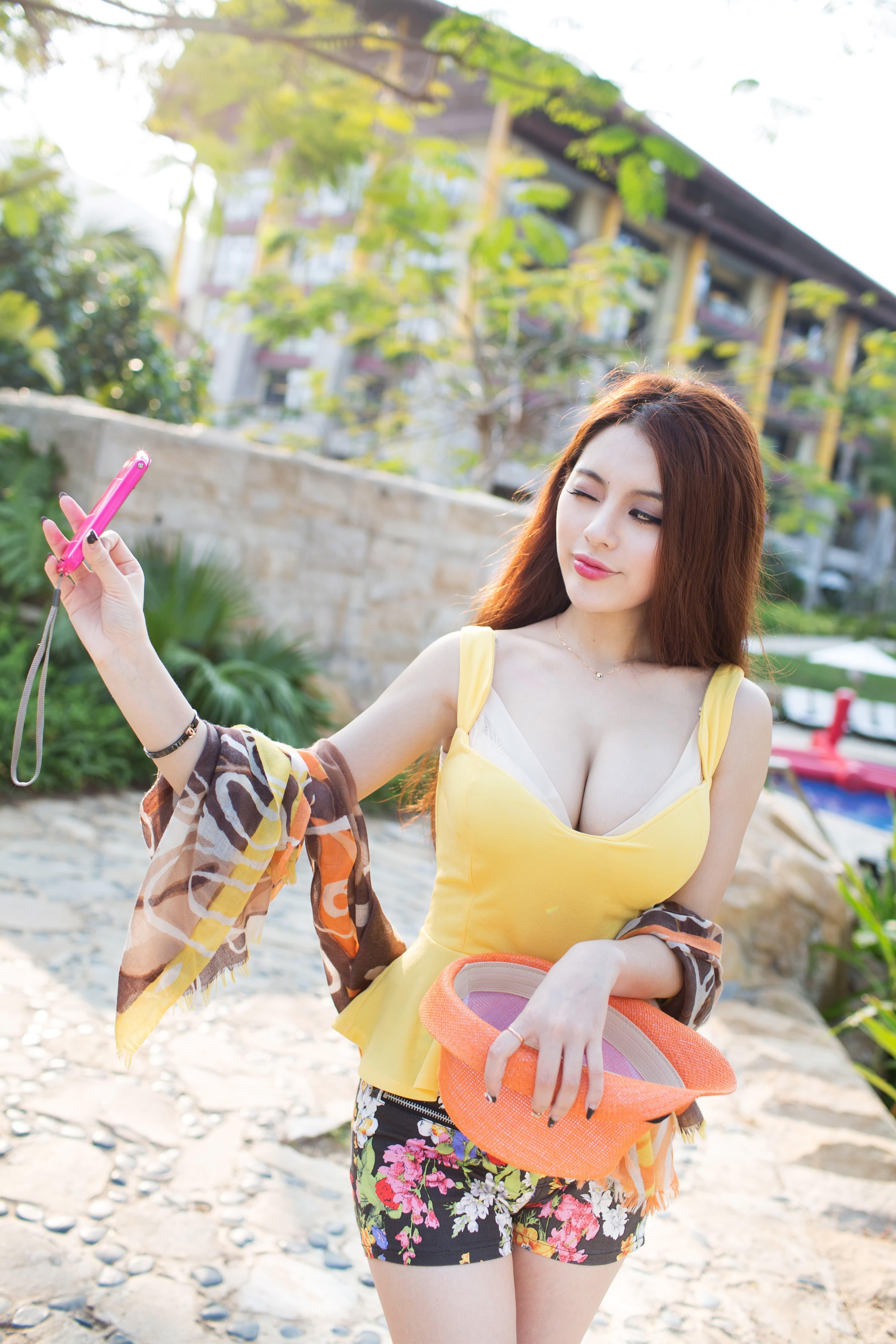 Zhao Wei Yi Iphone Wallpapers