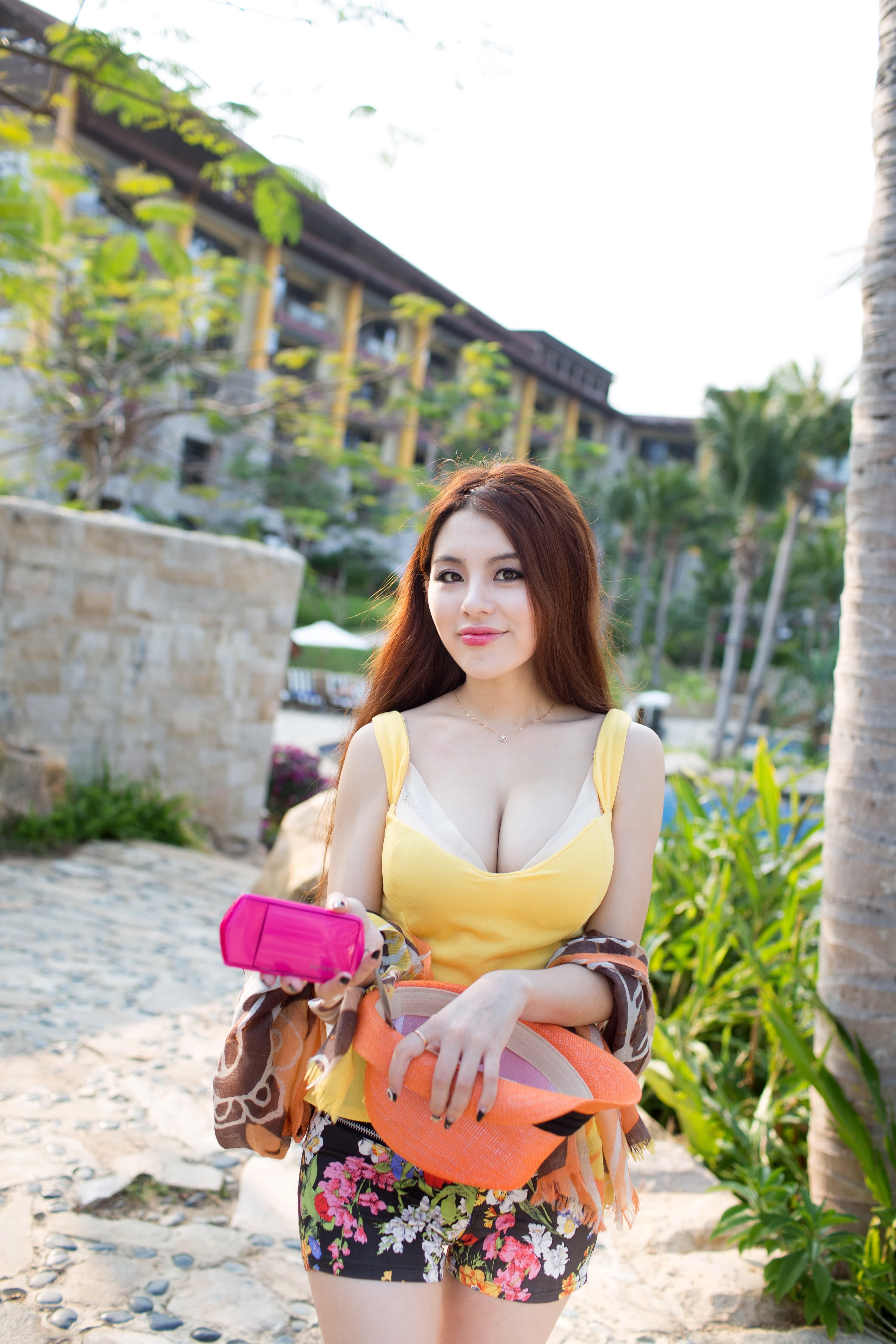 Zhao Wei Yi Iphone Sexy Wallpapers
