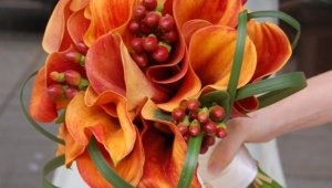 Creative Orange Bridal Bouquet Design