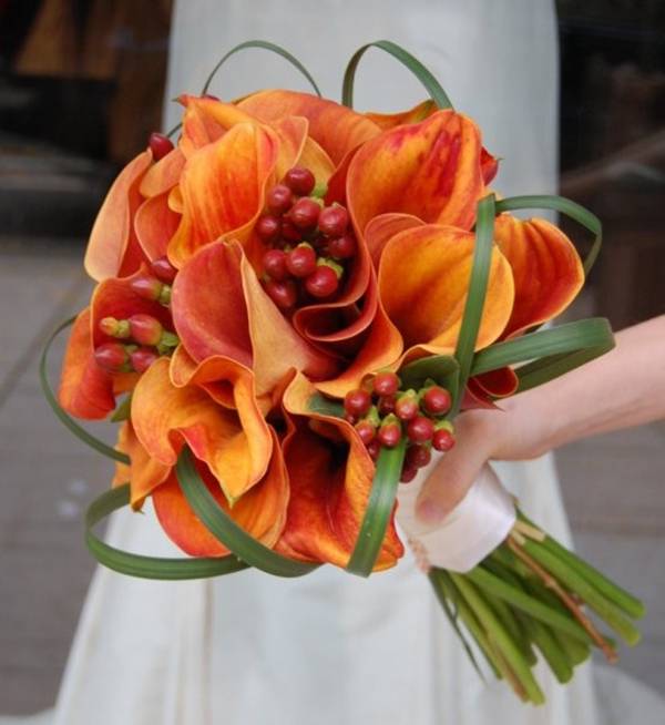 Creative Orange Bridal Bouquet Design