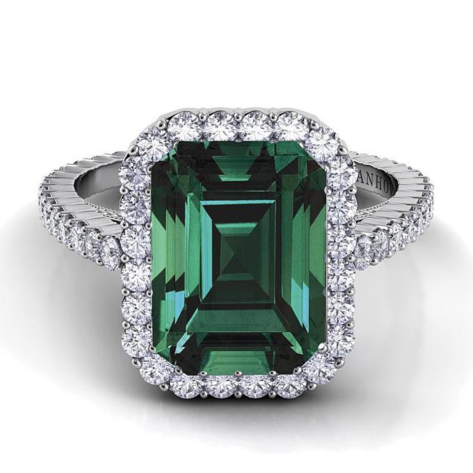 Emerald Cut Diamond Engagement Rings