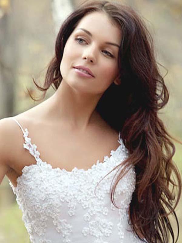Perfect Long Bridal Hair