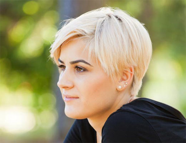 Short Blonde Stylish Hair