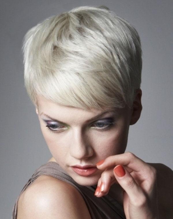 Short Stylish Layered Hairstyle