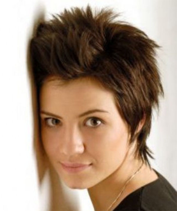Stylish Short Hairstyle For Girl
