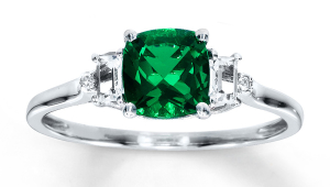 Vintage Emerald Engagement Rings
