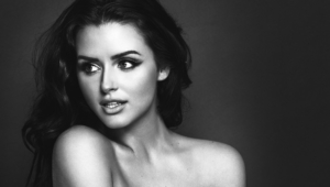 Abigail Ratchford Pictures