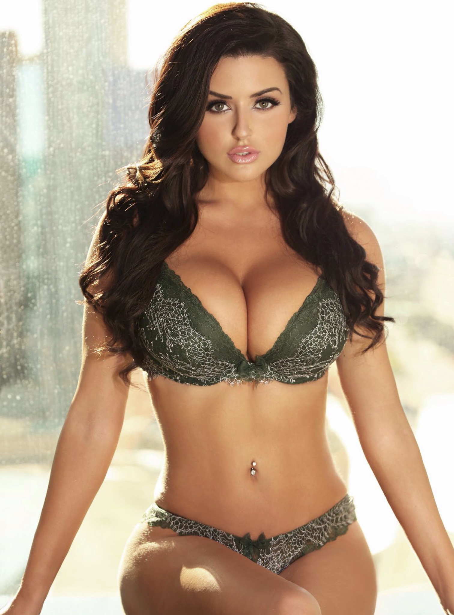 Abigail Ratchford For Smartphone