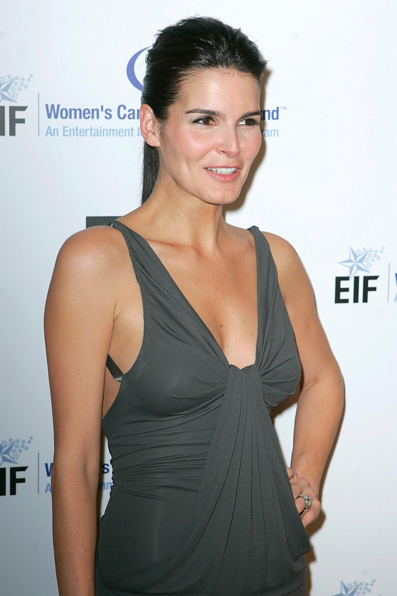 Angie Harmon Iphone HD Wallpaper