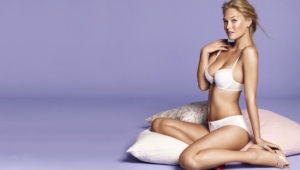 Bar Refaeli For Desktop Background