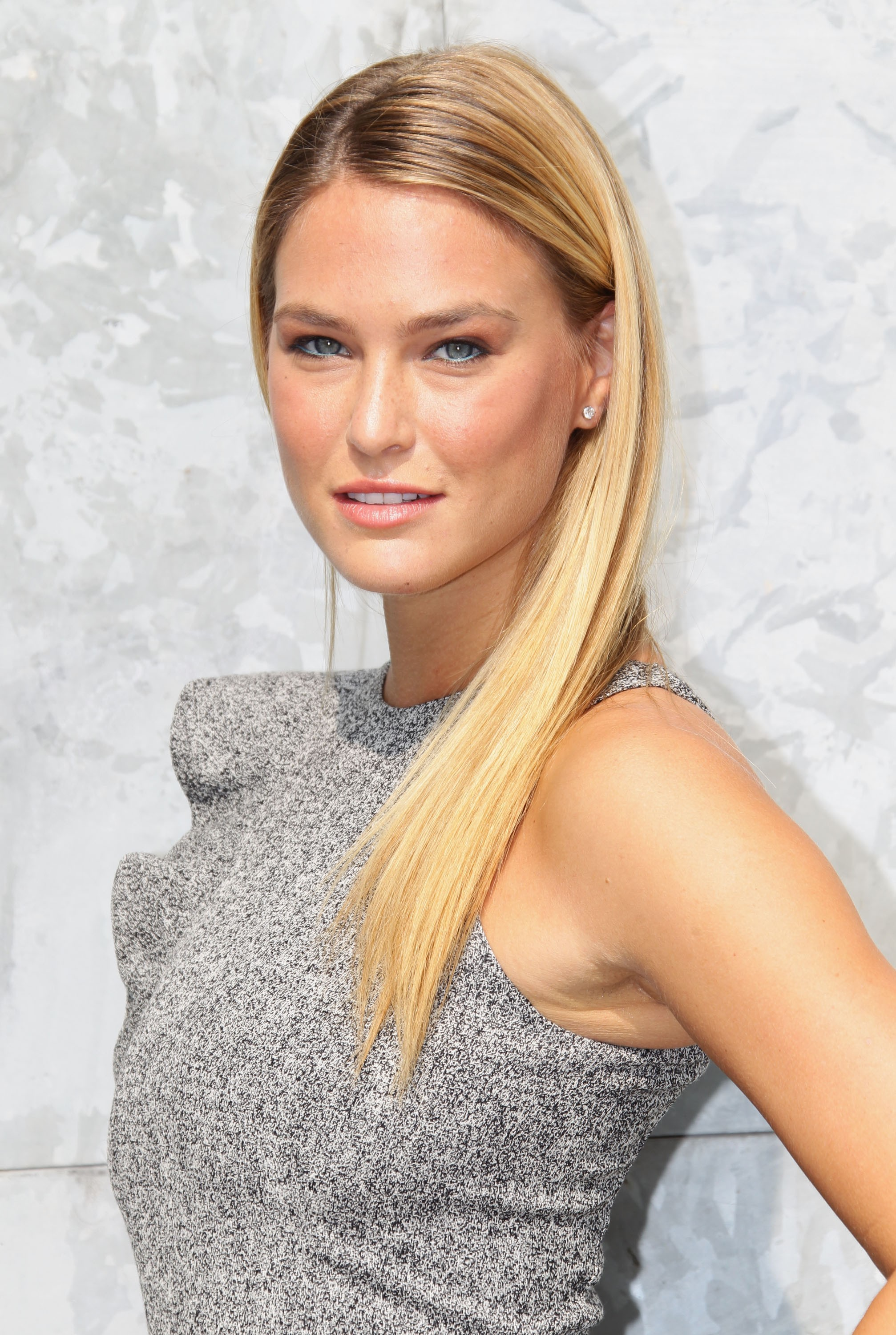 Bar Refaeli Iphone Sexy Wallpapers