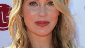 Christina Applegate Iphone HD Wallpaper