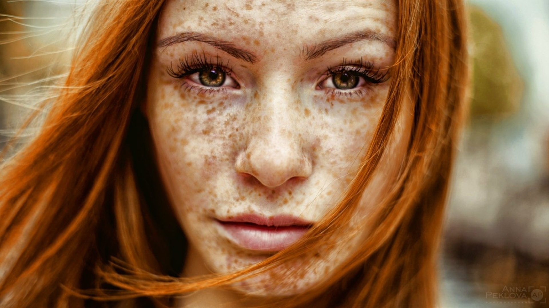 Freckled Girls HD Wallpaper