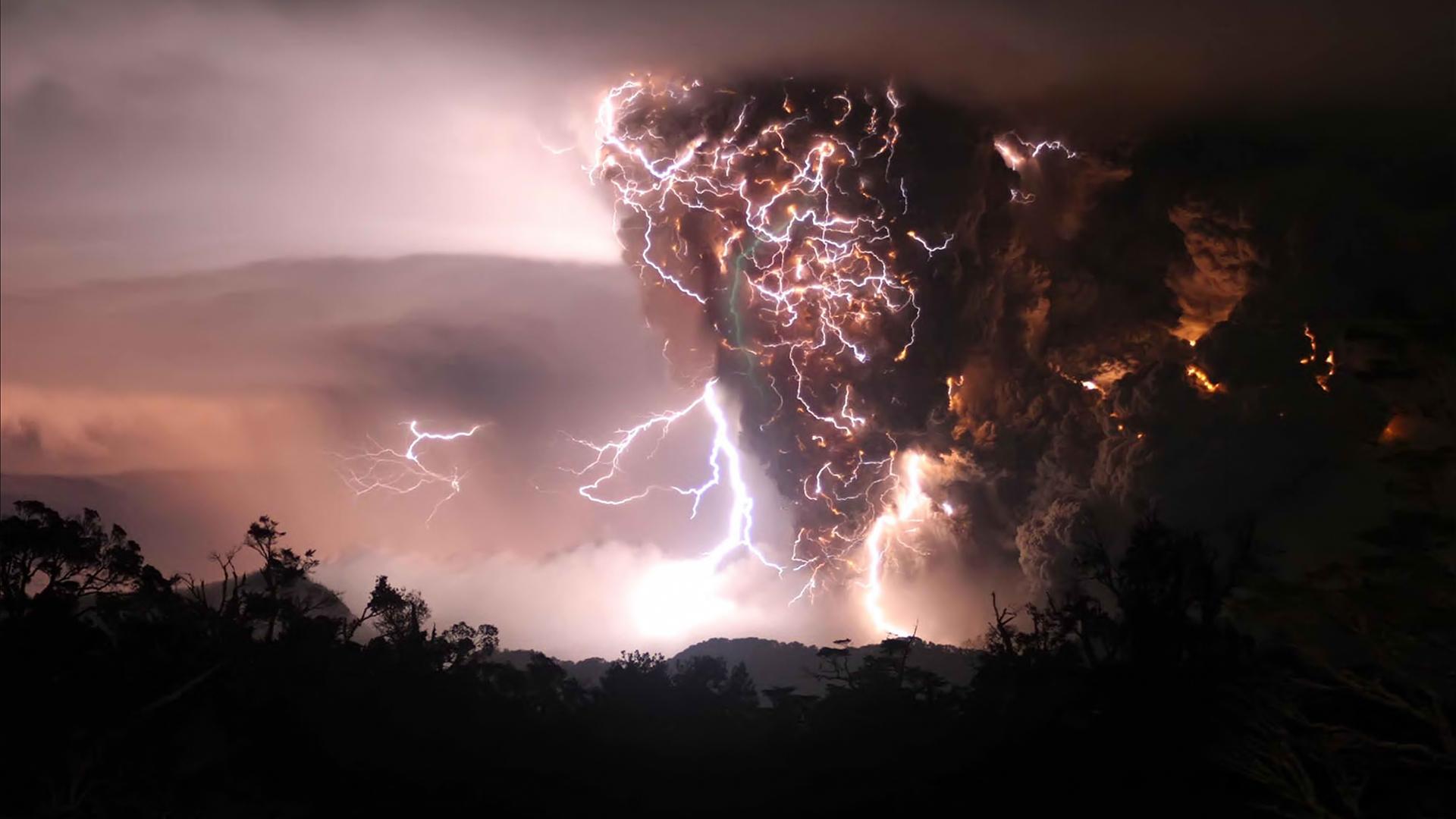 Lightning 4K