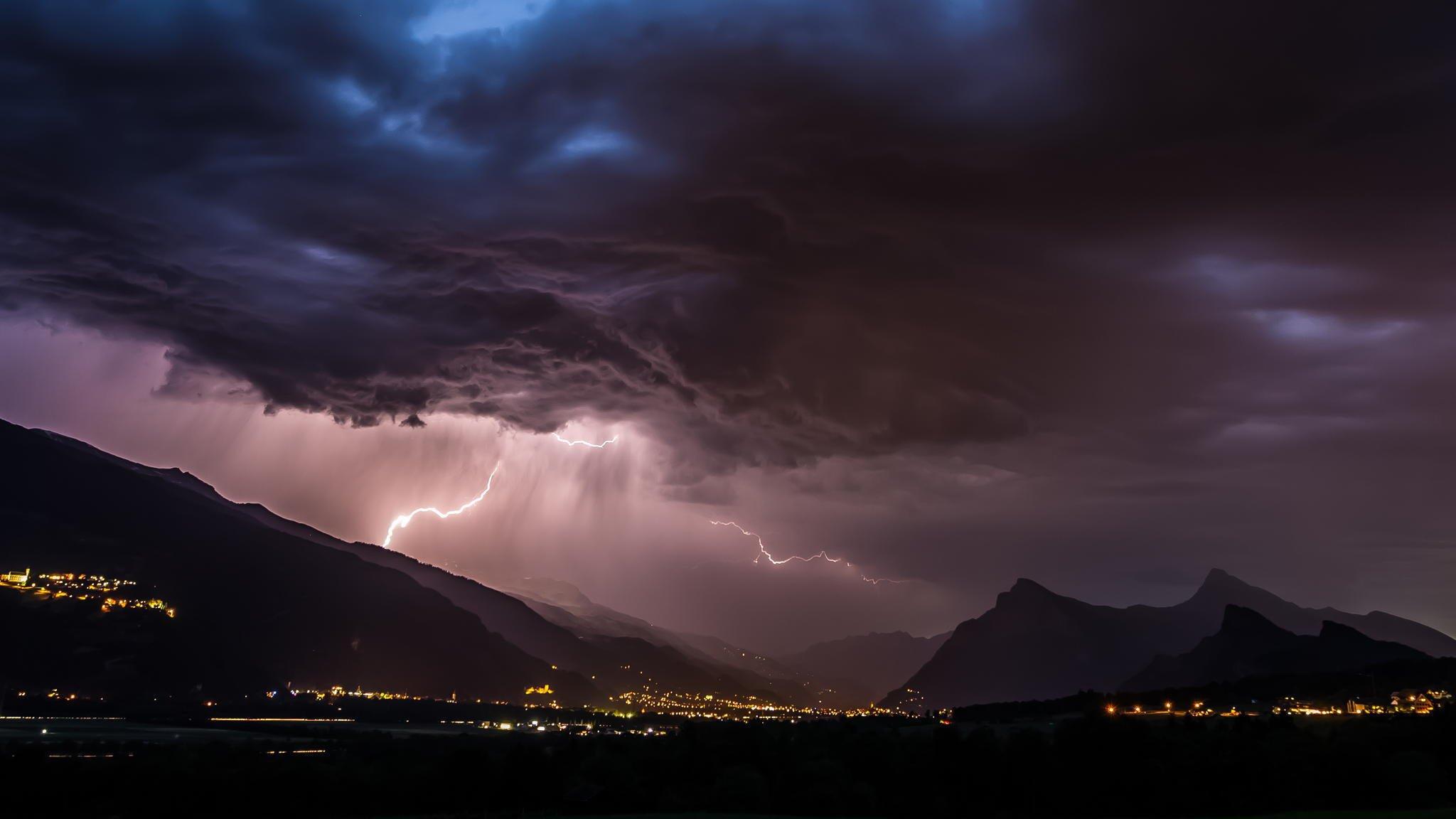 Lightning High Definition