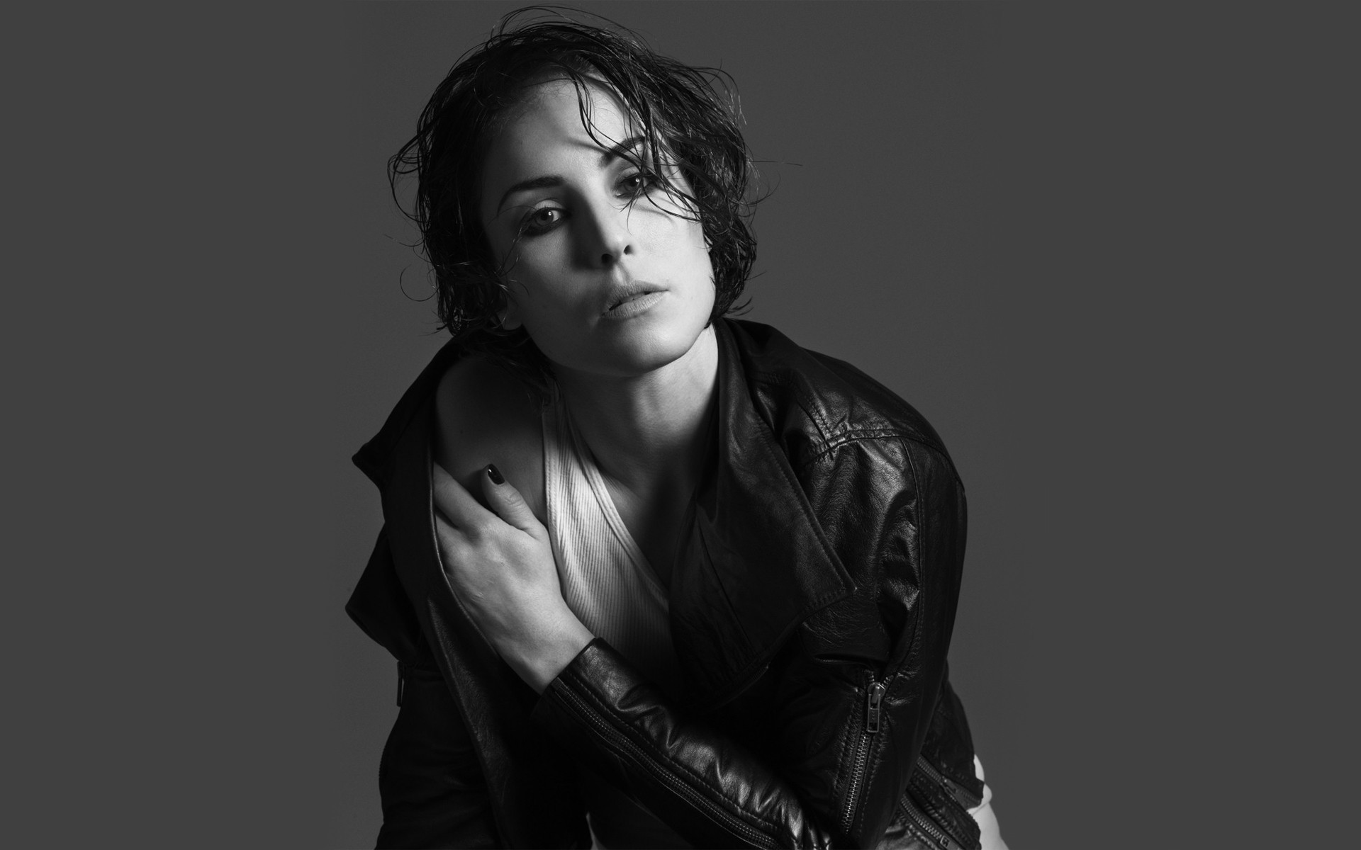 Noomi Rapace High Quality Wallpapers