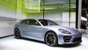 Porsche Panamera Sport Turismo Background