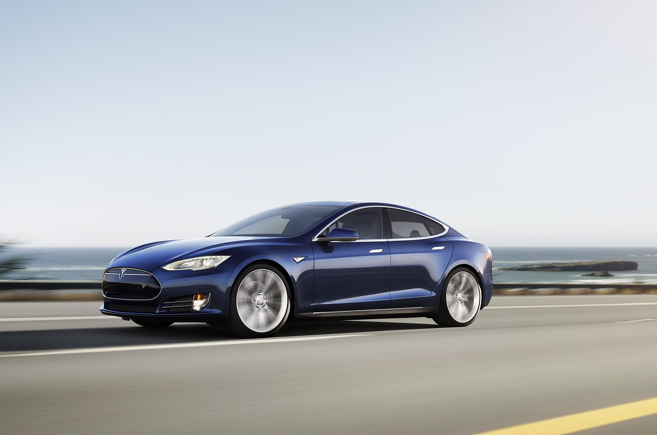 Tesla Model S Widescreen