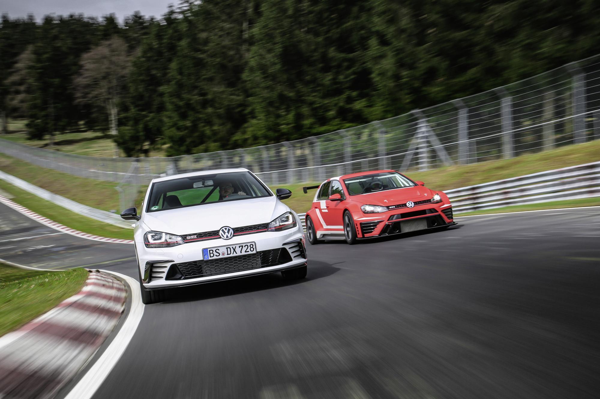 Volkswagen Golf GTI Clubsport S HD Background