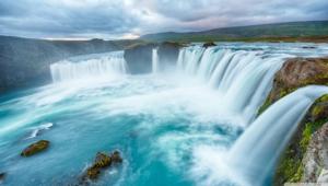Waterfalls Widescreen